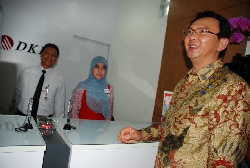 Wakil Gubernur DKI Jakarta Basuki T. Purnama atau Ahok (kanan)