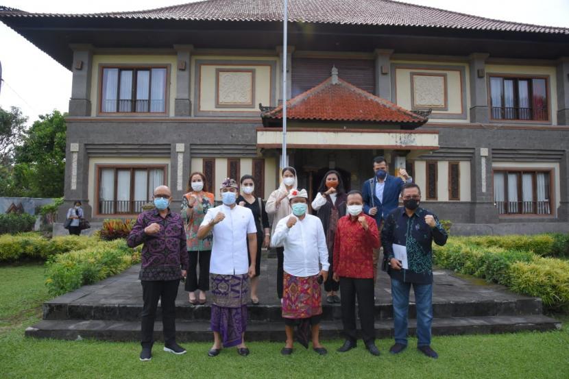 Wakil Ketua Badan Kerja Sama Antar-Parlemen (BKSAP) DPR RI Putu Supadma Rudana mengatakan guna mempercepat pencapaian SDGs, DPR mendorong sepenuhnya integrasi target SDGs ke dalam dokumen perencanaan yaitu RPJMD.