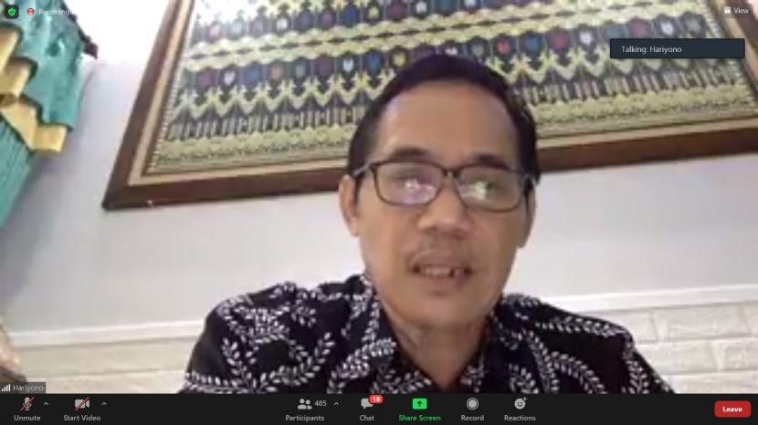 Wakil Ketua Badan Pembinaan Ideologi Pancasila (BPIP) Prof Hariyono ketika memberi sambutan dalam seminar nasional bertajuk
