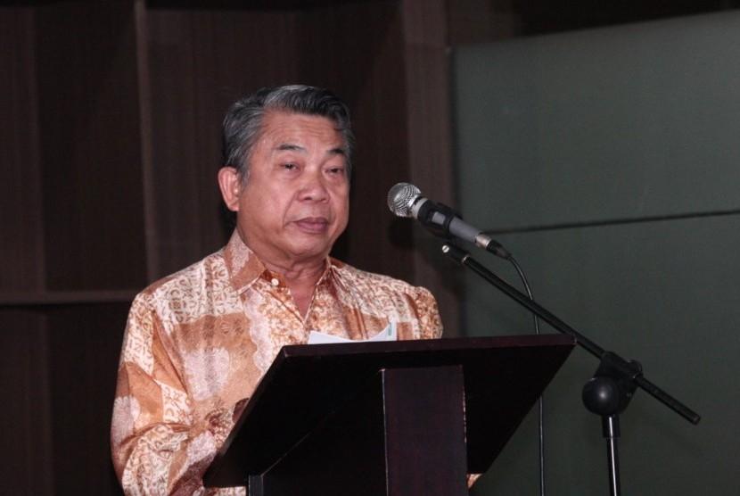 Wakil Ketua Badan Sosialisasi MPR  Alimin Abdullah.