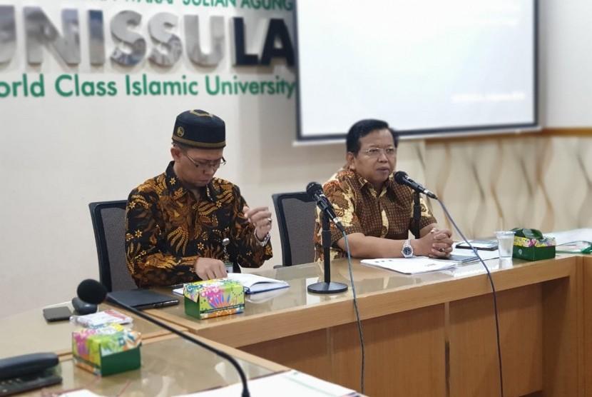 Wakil Ketua Dewan Perwakilan Daerah Republik Indonesia Akhmad Muqowam.