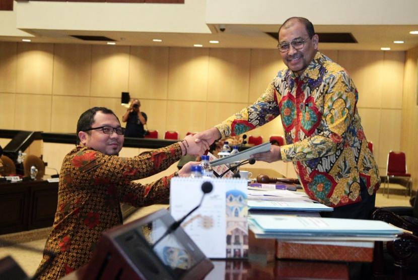 Wakil Ketua DPD RI Nono Sampono usai rapat paripirna DPD, Jumat (29/3).
