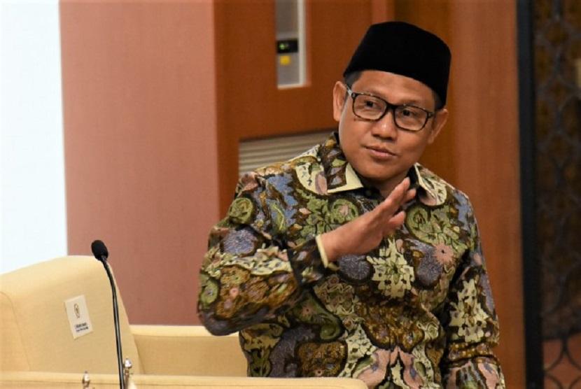 Wakil Ketua DPR Muhaimin Iskandar atau Cak Imin meminta Pemerintah fokus kepada UMKM
