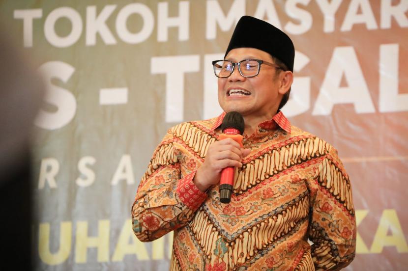 Wakil Ketua DPR RI bidang Korkesra, Abdul Muhaimin Iskandar (Gus Muhaimin) saat menghadiri Silaturahim Ulama, Kiai dan Tokoh Masyarakat Brebes-Tegal di Grand Dian Hotel, Brebes, Ahad (17/10).