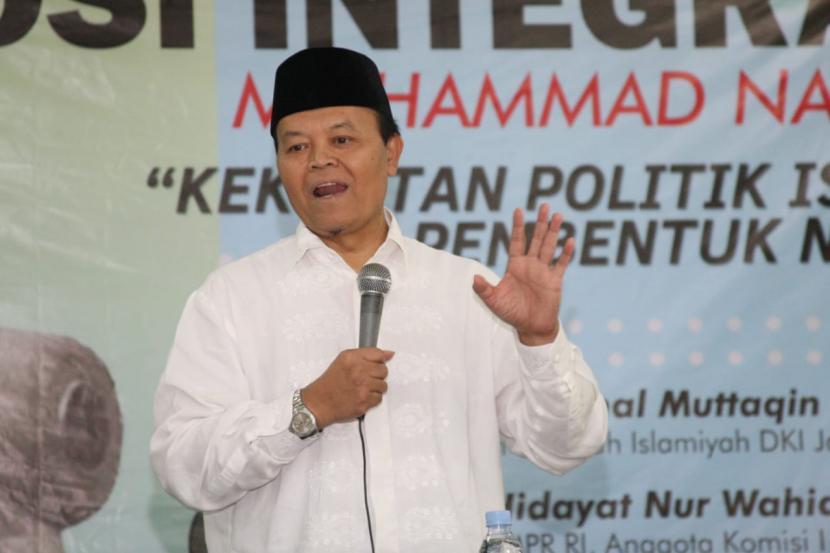 Wakil Ketua Majelis Permusyawaratan Rakyat Republik Indonesia (MPR RI) Dr. H. M Hidayat Nur Wahid menilai rencana Presiden Joko Widodo yang ingin menerapkan darurat sipil untuk mengatasi wabah virus Covid 19 sebagai kebijakan yang tidak proporsional dan harusnya dibatalkan.