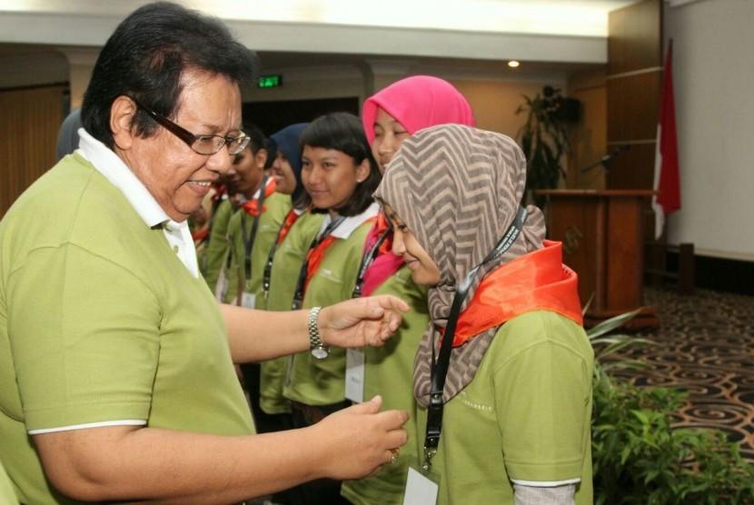 Wakil Ketua MPR Bidang Sosialisasi, Bachtiar Aly saat acara sosialisasi empat pilar, di Hotel Singgasana, Surabaya, Jumat 93/4)