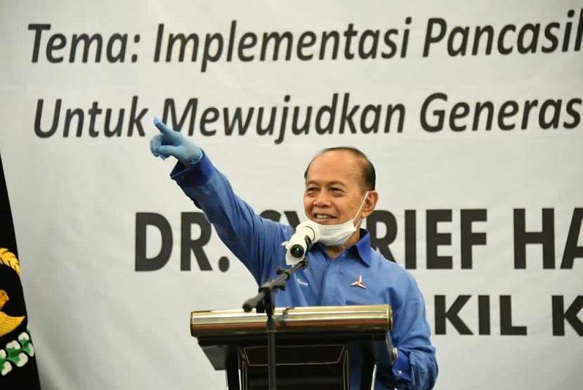 Wakil Ketua MPR Dr Sjarifuddin Hasan