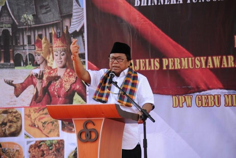 Wakil Ketua MPR RI, Oesman Sapta.