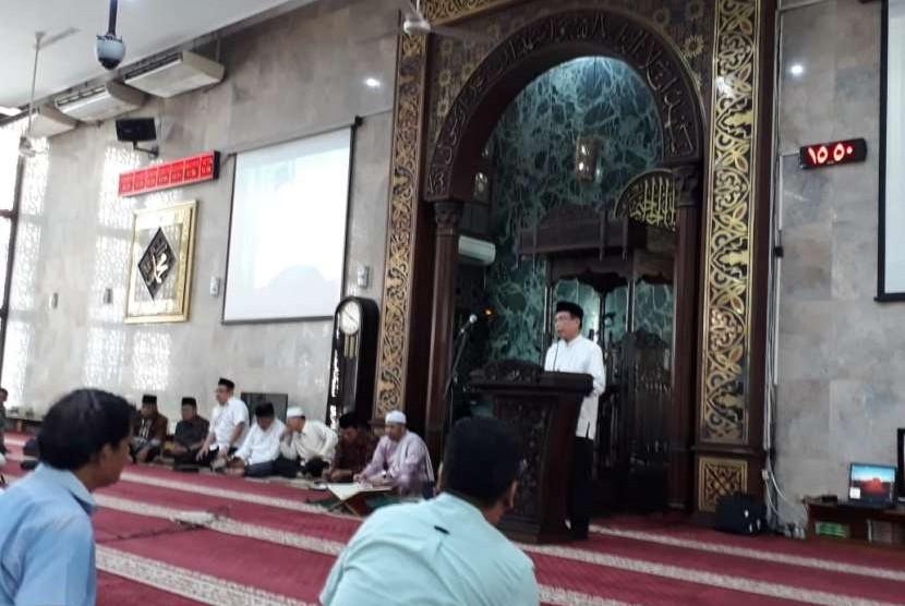 Wakil Ketua Umum DMI, KH Masdar Farid Mas'udi berceramah di Masjid Agung Sunda Kelapa, Menteng, Jakarta Pusat (ilustrasi)
