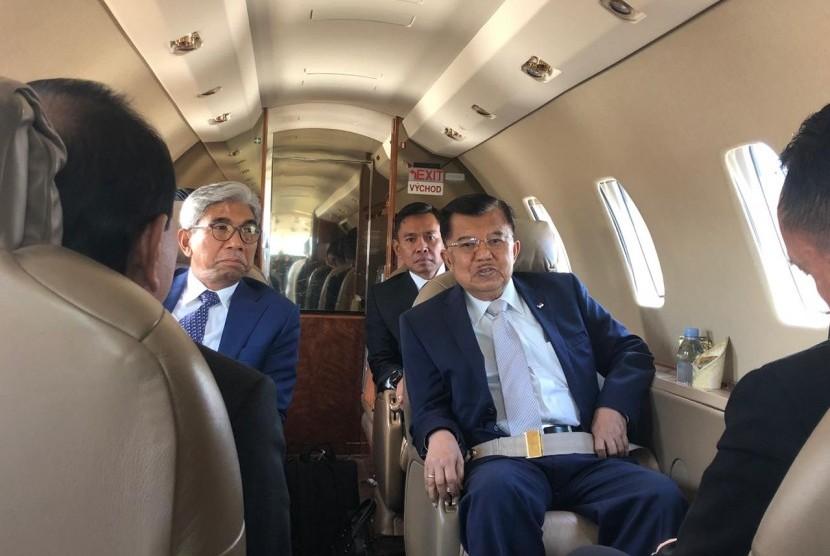 Wakil Presiden Jusuf Kalla bertolak ke Prancis untuk menghadiri acara The Christchurch Call to Action di Istana Elysee, Paris, dalam rangka membicarakan persoalan teroris, Rabu (15/5).