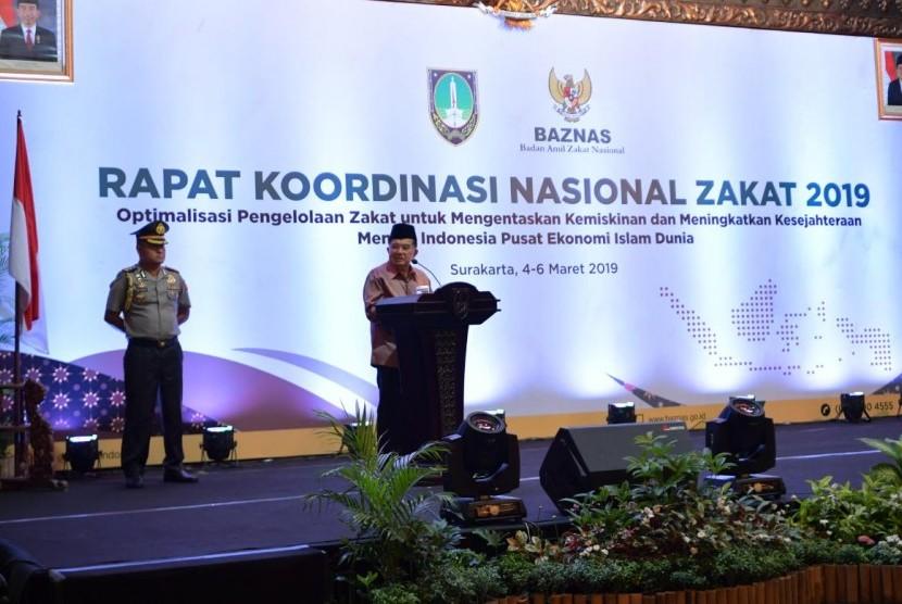 Wakil Presiden Jusuf Kalla saat membuka Rapat Koordinasi Nasional (Rakornas) Baznas 2019 di Pendopo Balai Kota Surakarta, Jawa Tengah pada Senin (4/3) malam.