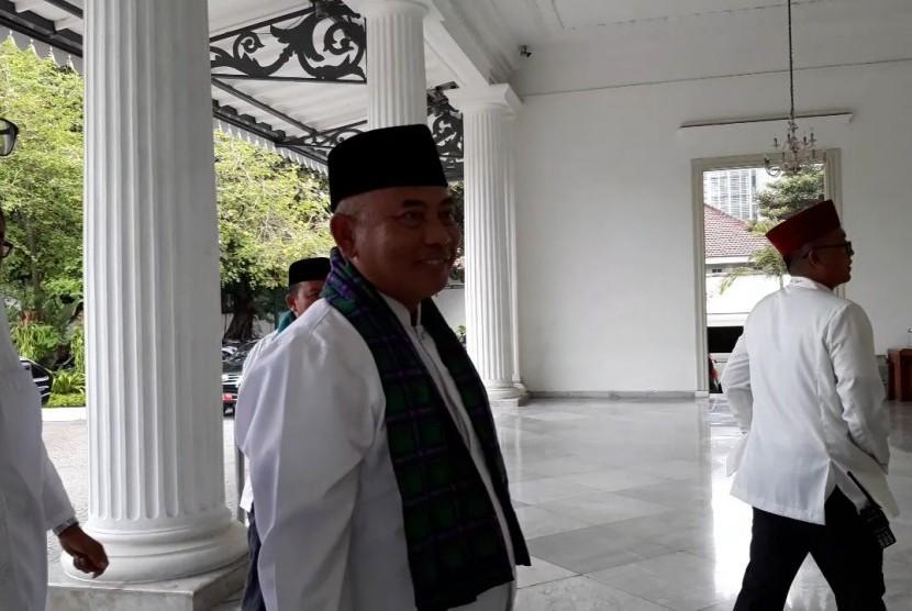 Wali Kota Bekasi Rahmat Effendi mendatangi Balai Kota DKI Jakarta, Senin (22/10).