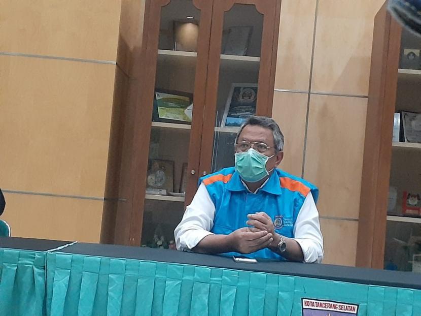 Wali Kota Tangerang Selatan Airin Rachmi Diany (kiri) dan Wakil Wali Kota Tangerang Selatan Benyamin Davnie (kanan) dalam konferensi pers terkait pengetatan PSBB Tangsel, di Pusat Pemerintahan Kota Tangsel, beberapa waktu lalu.