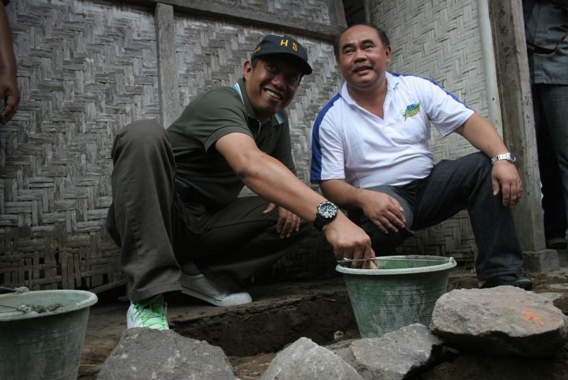 Walikota Yogyakarta, Hariyadi Suyuti (kiri)