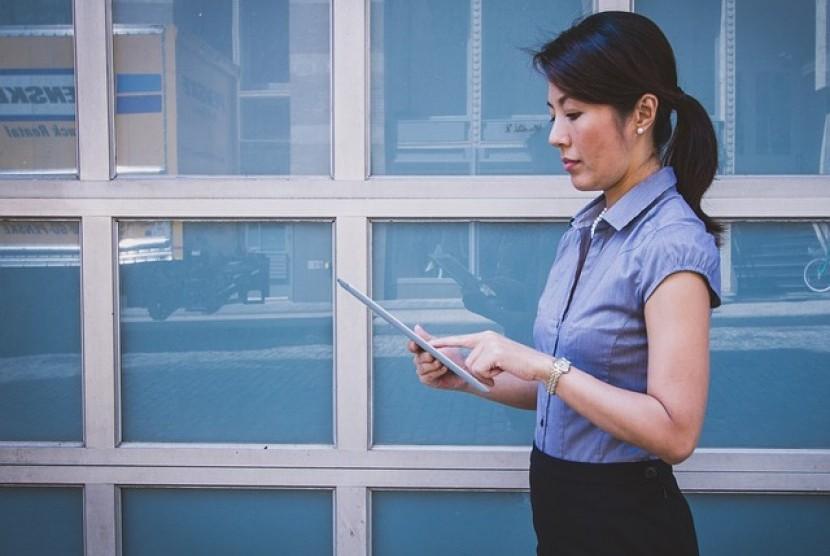 Wanita bekerja tetap membutuhkan me time agar bisa tetap sehat bagi keluarga dan kariernya.