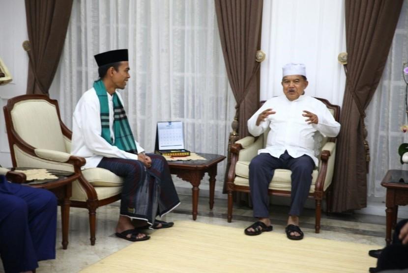Wapres Jusuf Kalla dan Ustaz Abdul Somad