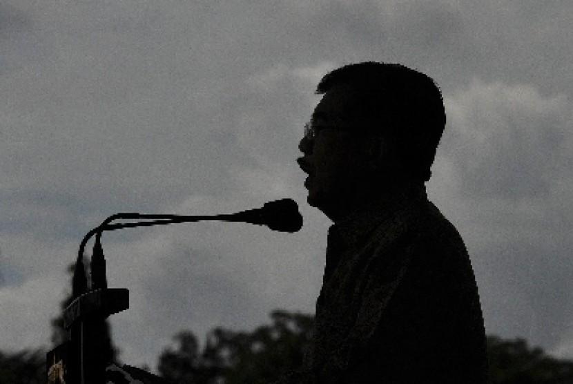 Wapres Jusuf Kalla memberikan sambutan pada acara syukuran HUT ke-63 Kopassus di Cijantung, Jakarta, Rabu (29/4).
