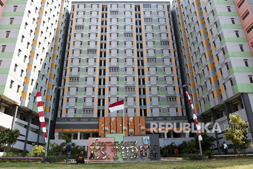 Warga beraktivitas di Rusunawa KS Tubun, Tanah Abang, Jakarta, Selasa (25/6/2019).