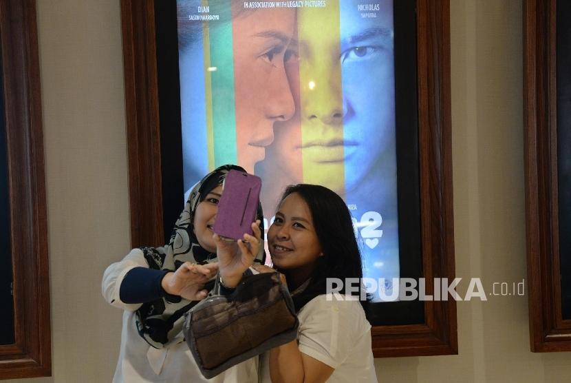 Mira Aadc 2 Cetak Sejuta Penonton Di Hari Kelima Republika Online