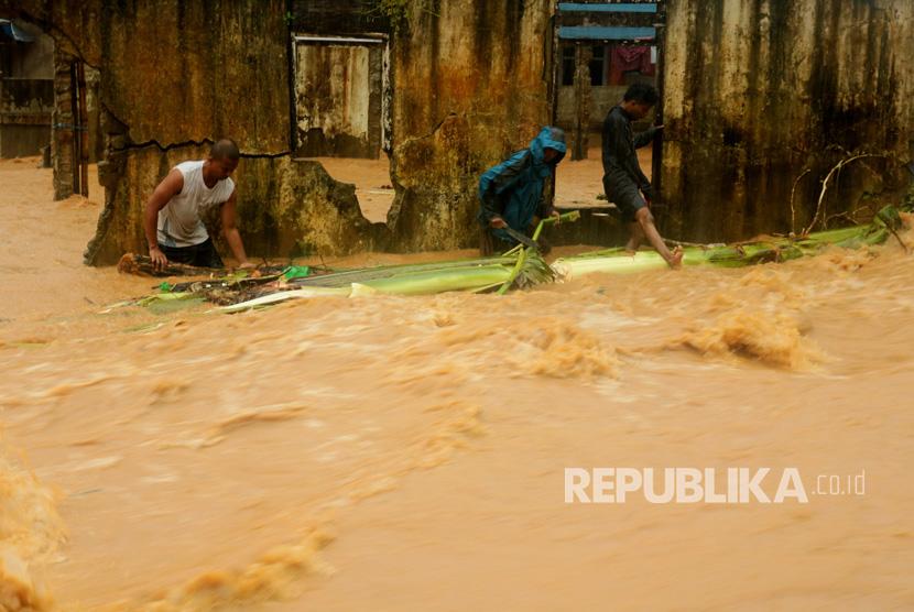 Banjir. (Ilustrasi).