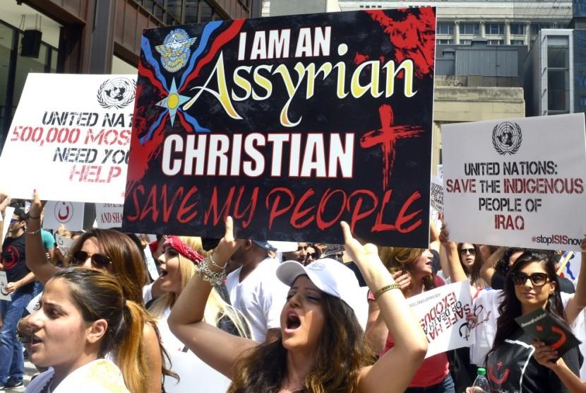 Warga Chicago, AS demo ISIS menuntut pembebaskan warga Assyria dan Kristen yang ditawan.