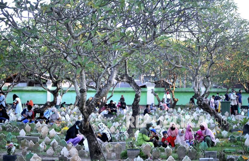 Bupati Garut Imbau Masyarakat tak Ziarah Kubur Saat Lebaran (ilustrasi).
