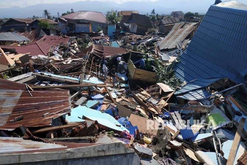 Dompet Dhuafa Terus Cari Korban Gempa Di Reruntuhan Bangunan