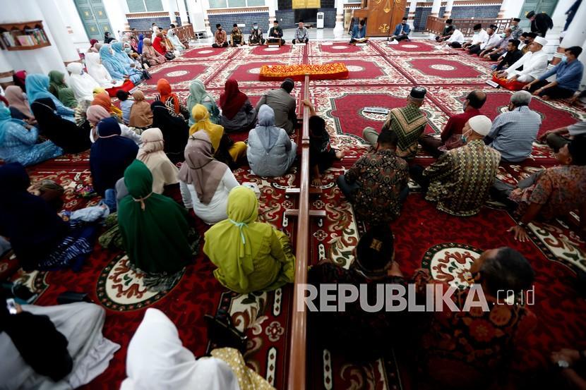 Kota Banda Aceh Larang Warga Gelar Pesta Perkawinan Republika Online