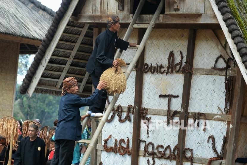 Yuk, Pahami Tahapan Ritual Seren Taun Kasepuhan Cisungsang