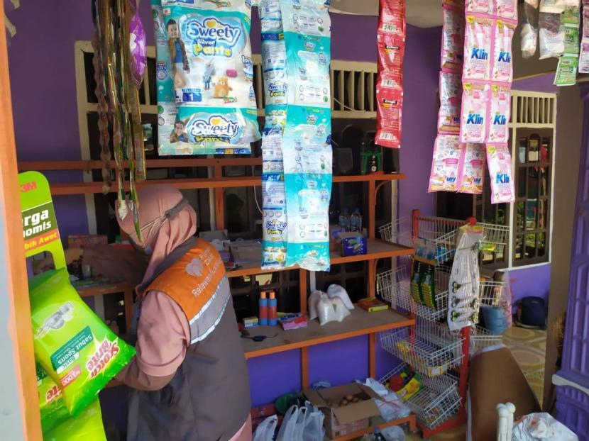 Warung Berdaya, salah satu unit usaha Badan Usaha Milik Masyarakat (BUMMas) Baraya Sejahtera sudah hampir dua tahun membantu memenuhi kebutuhan anggota BUMMas.