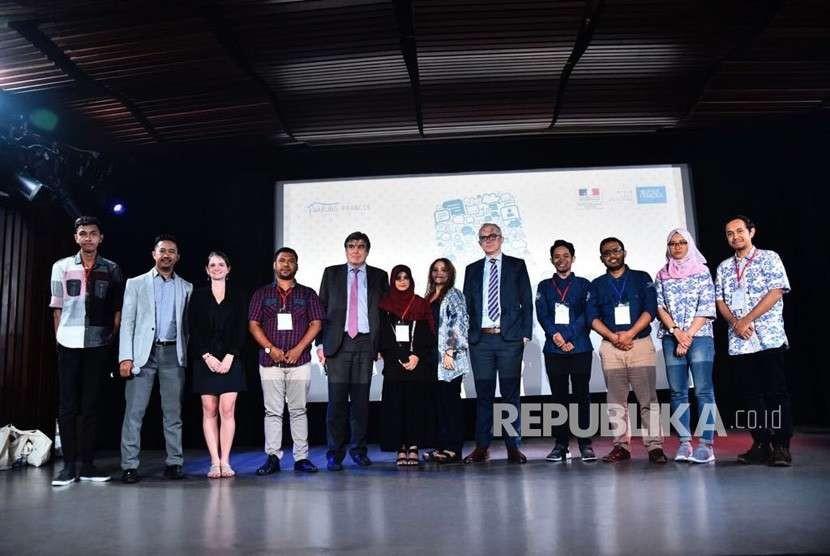 Warung Prancis Universitas Muhammadiyah Yogyakarta (WP UMY) kembali mendapatkan penghargaan WP de l'année (WP terbaik) tahun 2018 dari Institut Français d'Indonésie Jakarta (IFI Jakarta). Penghargaan ini merupakan yang kedua kalinya diraih oleh Warung Prancis UMY setelah mendapatkan penghargaan WP Terbaik pada 2015 lalu.