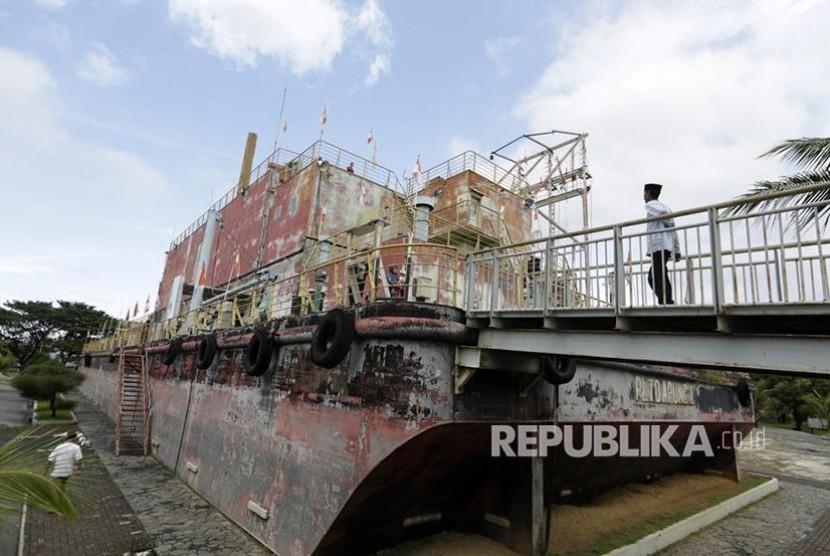 Kapal Pltd Ulee Lheue Saksi Bisu Tsunami 2004 Republika Online