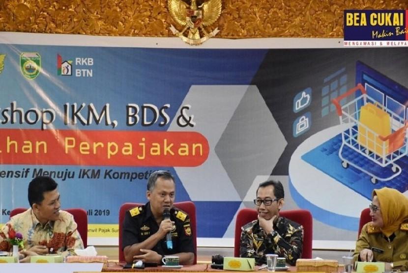 Workshop IKM, BDS, Pelatihan Perpajakan dengan tema Pelatihan Intensif Menuju IKM Kompetitif yang diselenggarakan oleh Kanwil Ditjen Pajak Sumatra Selatan dan Kepulauan Bangka Belitung pada (16/7).