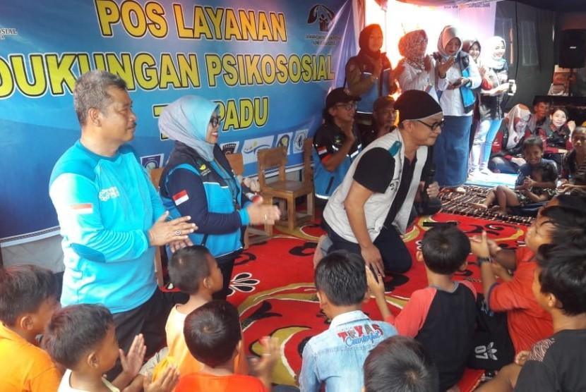 YBM PLN memberikan bantuan untuk korban bencana tsunami di Lampung.