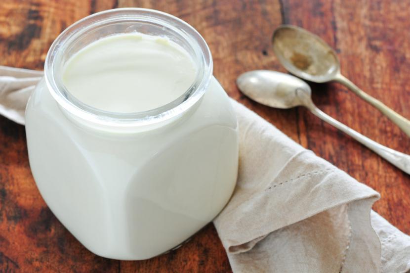 Studi sebut yoghurt kurangi sakit jantung koroner bila dikonsumsi rutin.