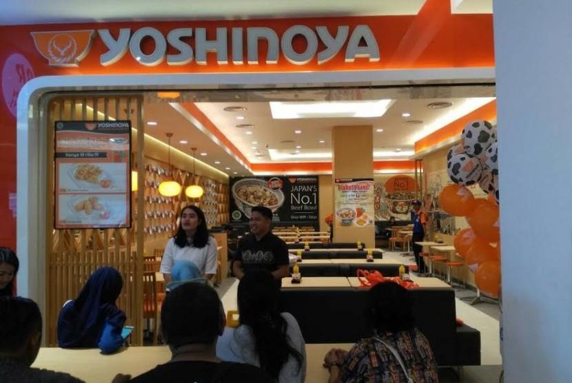 Yoshinoya Japanese Restaurant membuka store di Transmart Maguwo, Yogyakarta, Rabu (14/6) lalu.