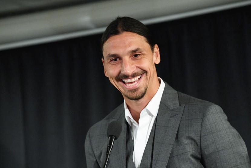 AC Milan Gelar Pembicaraan dengan Agen Ibrahimovic