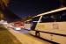 Jalur ke arah terowongan Jamarat dipadati oleh bus-bus pengangkut jamah haji yang ingin melaksanakan ibadah sunah tarwiyah di Mina, Jumat (9/8) dini hari.
