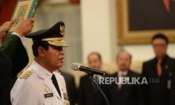 Dekan Umrah Kesal Dikarantina Gara-Gara Gubernur Kena Covid