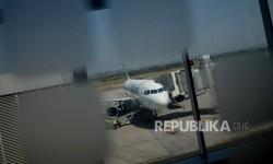 Balon Udara Berukuran Besar Mendarat di Bandara Ahmad Yani