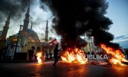 Serangan di Prosesi Pemakaman Anggota Hizbullah, 5 Tewas