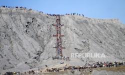 Kawasan Bromo Ditutup Saat Perayaan Yadnya Kasada