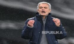 Bandingkan Scarlett Dengan Rashford, Mourinho: Dia Berlian!