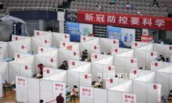 Wuhan Cek Massal Covid-19, Warga Borong Kebutuhan Pokok