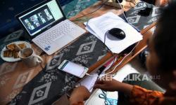 'Pembelajaran Daring Bukan Hanya <em>Live Streaming</em>'