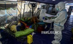 In Picture: Suasana Tenda Darurat di RSUD Kramat Jati
