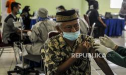 Vaksinasi Covid-19 Tahap II Sukabumi Ditarget Kelar Juli