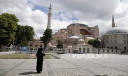 Warganet TerpecahSoal Hagia Sophia Jadi Masjid