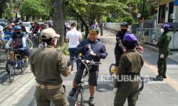 Satpol PP Kota Bandung Kantongi Rp 47 Juta Denda Pelanggar