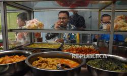 Pemilik Warteg Lurusukan Berita <em>Hoax </em>Anies Makan tidak Bayar